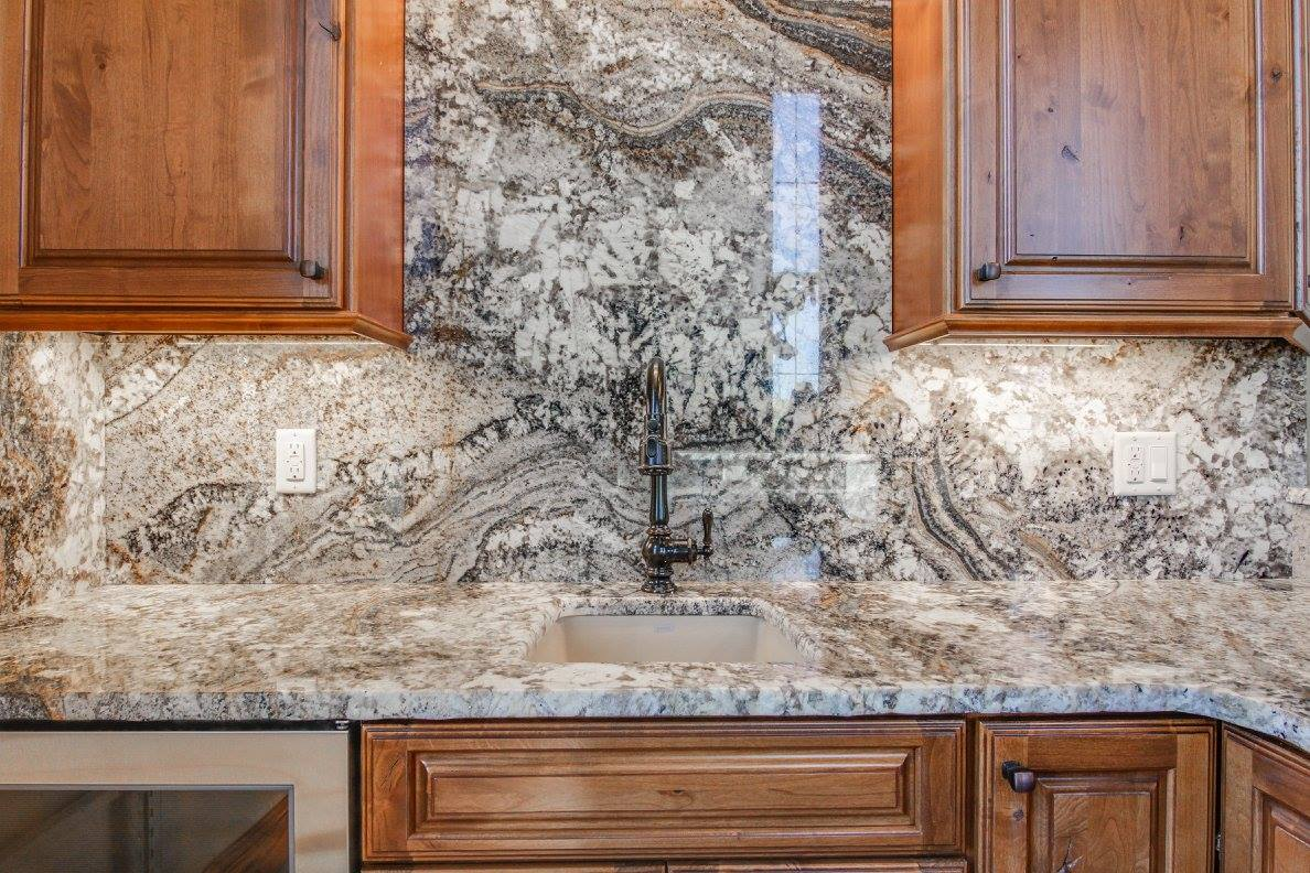 Natural Stone Backsplash Benefits | Choice Granite & Marble on Granite Countertops With Backsplash  id=18612