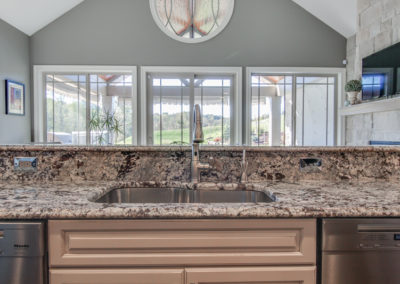 PIttsburgh-Granite-Countertops-Lennon-Polished-Finish-Choice-Granite-Marble-14